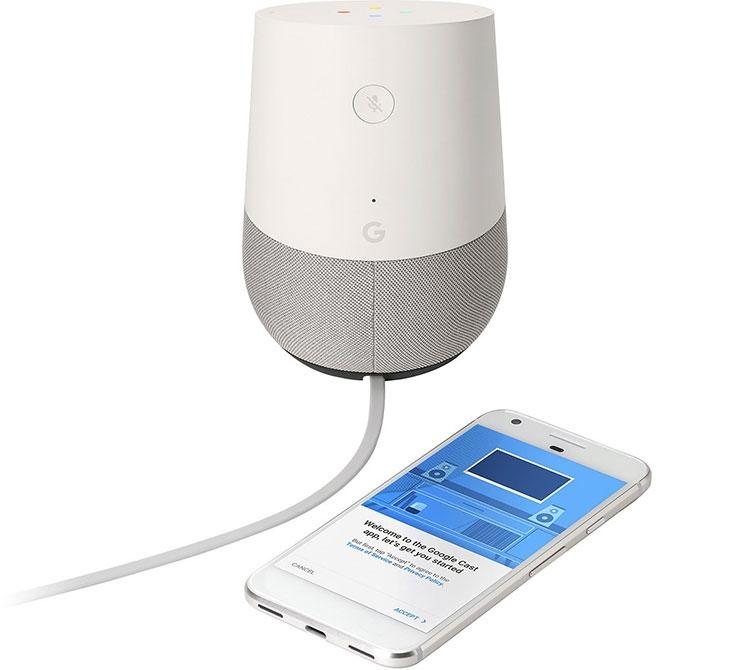 Google Home — переосмысление Nexus Q со взглядом на Amazon Echo»