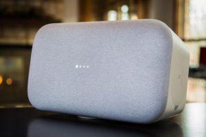 Google перехватила у Amazon лидерство в сегменте смарт-акустики»